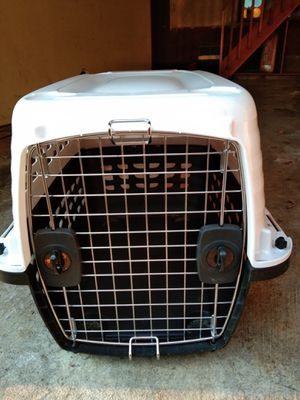 Petmate small dog/puppy travel crate for Sale in Mercer Island, WA