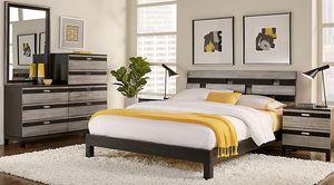 King size Platform bed set for Sale in Atlanta, GA