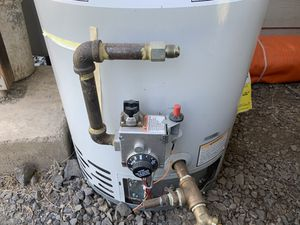 Water heater for Sale in Salem, OR