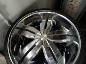 24 lexani comes with new tires balanced for Sale in Cleveland, OH