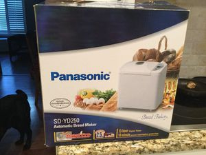 Panasonic SD YD250 Bread Maker. Never been used . $70 *retails for $149-199 for Sale in Clovis, CA