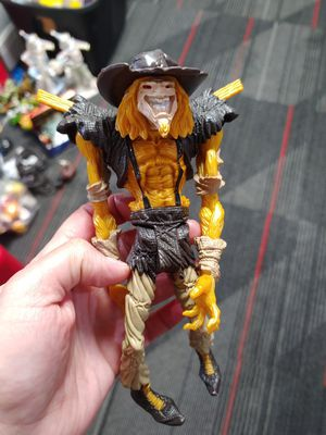 DC Comics Kenner 1997 Batman Legends Of The Dark Knight Scarecrow Action Figure for Sale in Houston, TX