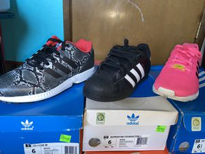 Adidas Size 6-6.5Y *read post for pricing* for Sale in Renton, WA