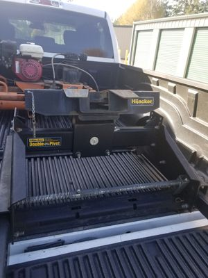Fifth Wheel Hitch for Sale in Roy, WA