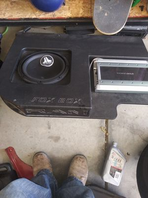"Box with amp and 10"" jl speaker for dodge ram for Sale in El Cerrito, CA"