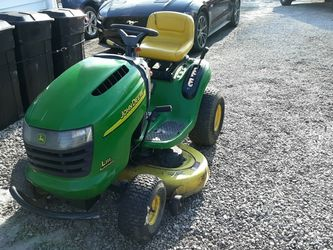 John Deere Riding Mower for Sale in Grove City,  OH