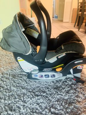 CHICCO PREFIT 360 CARSEAT for Sale in Tampa, FL