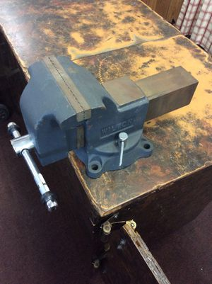 Wilton bench vise, gray for Sale in La Habra, CA