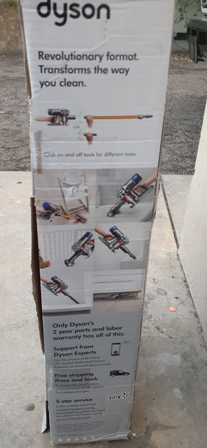 Dyson V8 Absolute for Sale in Pasadena, CA