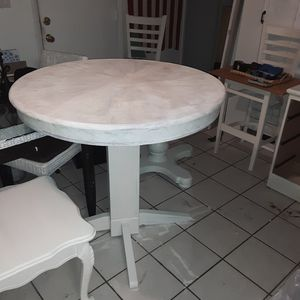 Counter height breakfast table for Sale in Mesa, AZ