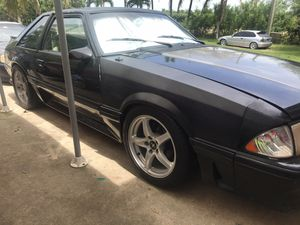 1991 Mustang 5.0 automatic lots of parts tranny does not grab overdrive for Sale in Flamingo, FL