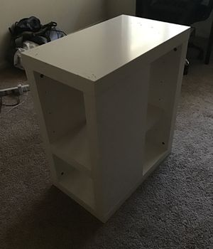 White Side Table for Sale in Chico, CA