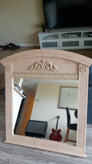 Elegant Wall mirror for Sale in Charlotte, NC