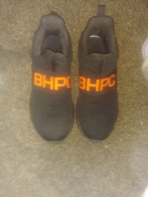Bhpc. Shoes size 8/1 for Sale in Cleveland, TN