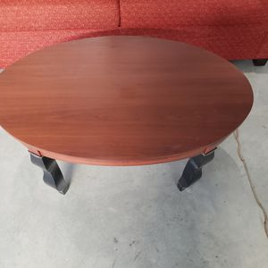 Coffee table for Sale in Woodbridge, VA
