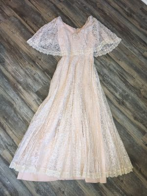 Vintage 1950's era lace wedding dress approximate size 4 for Sale in Chesapeake, VA