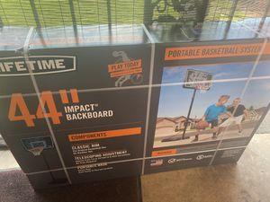 Lifetime Portable Basketball Hoop w: 44in impact backboard for Sale in Galena Park, TX
