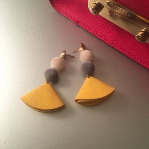 Stylish earrings summer/winter $8/pair for Sale in Centreville, VA