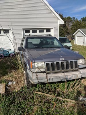 Jeep Cherokee. for Sale in Amelia Court House, VA