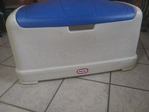 Little tikes kids rubber toy box for Sale in Miami, FL