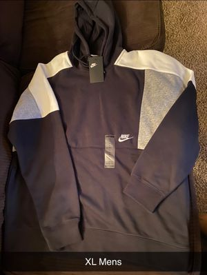 MENS NIKE HOODIE for Sale in Lockport, NY