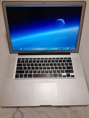 Macbook Pro 2.4 GHz Intel core i7 16 GB ram 1tb sata plus 480 SSD 2011 BERY GOOD CONDICCIÓN for Sale in Napa, CA