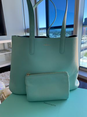 Authentic Tiffany & Co Blue Leather Shopper Tote Bag Purse with Matching Clutch for Sale in Las Vegas, NV