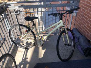 Women's Transit Bike Size M for Sale in Austin, TX