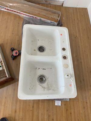Kitchen sink for Sale in Orange, CA