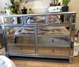 Mirrored dresser for Sale in Glendale, CA