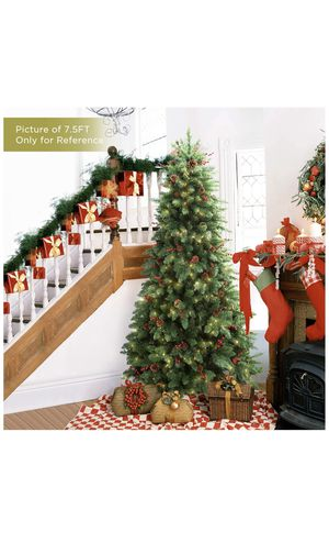 Christmas Tree with Lights - 7.5ft for Sale in Skokie, IL