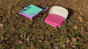 2 childrens booster seats for Sale in Guilford, CT