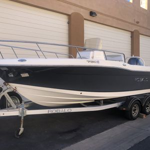 2015 ROBALO R2000 for Sale in Phoenix, AZ