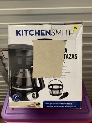KITCHEN SMITH COFFEE MAKER for Sale in Houston, TX