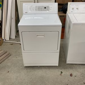 Free Kenmore Elite Washer And Dryer for Sale in Seattle, WA
