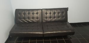 Futon ( black leather ) for Sale in Chicago, IL