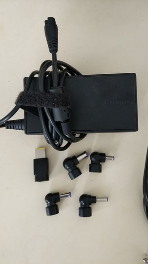 Targus 90w universal charger for Sale in San Diego, CA