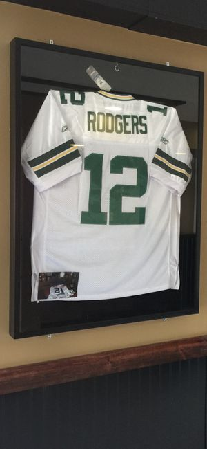 FOOTBALL NFL AUTHENTIC SIGNED ARRON ROGERS for Sale in Glenview, IL