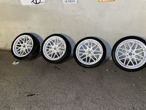 Strada Rims with tires for Sale in South Gate, CA
