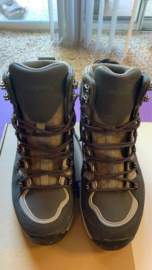 Patagonia ultralight wading boots - sticky. US Men's size 7. for Sale in Scottsdale, AZ