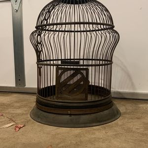 1920's Hendryx Bird Cage for Sale in Ontario, CA