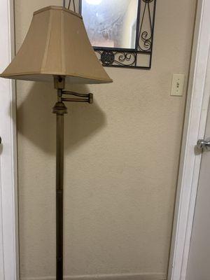 Floor lamp for Sale in Los Altos, CA