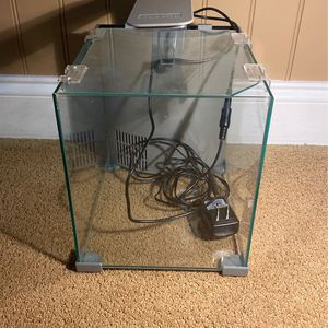 Top Fin 2.5 Gallon Fish Tank for Sale in Lake Forest, CA