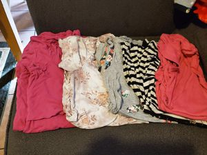 Maternity clothes size L for Sale in Los Angeles, CA