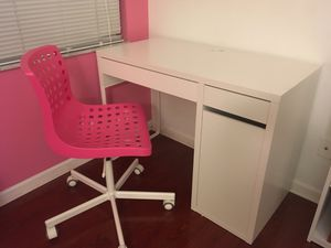 Ikea Desk and Chair for Sale in Davie, FL