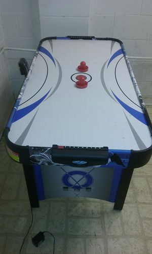 Air hockey table for Sale in Gahanna, OH