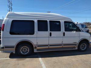 2002 Chevy express. Van for Sale in Grand Prairie, TX