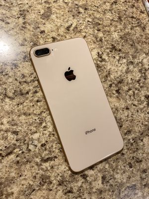 iPhone 8 Plus- 64 GB Gold UNLOCKED for Sale in Imperial, MO