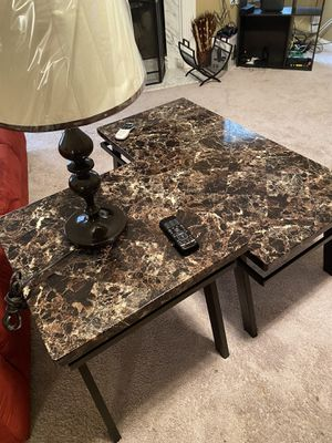 Coffee Table and 2 End Tables with Brand New Lamps for Sale in Ellenwood, GA