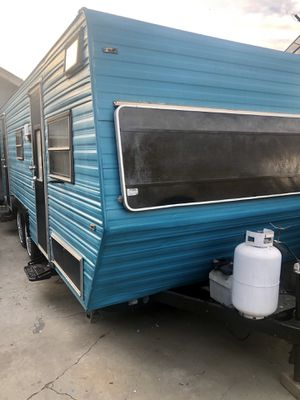 1985 Travel Trailer ALJO. Good Condition for Sale in South Gate, CA